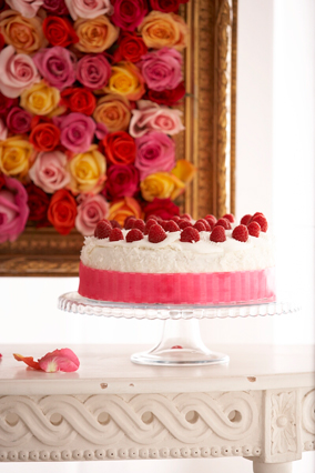 Cake and rose wall
